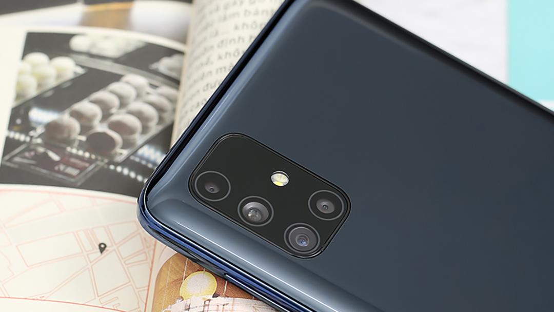 thay-kinh-camera-samsung-M51