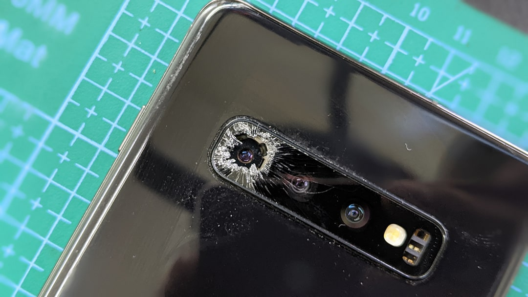 mặt kính camera samsung S10+ bị bể